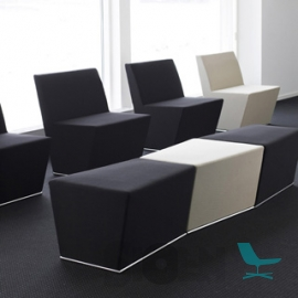 Lammhults - Area Easy Chair en Area High