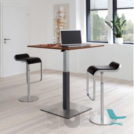 Palmberg - Crew - Square Table - Hight Adjustable